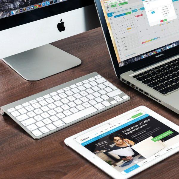 macbook-606763_1280-600x600